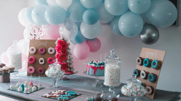 How to become a party planner